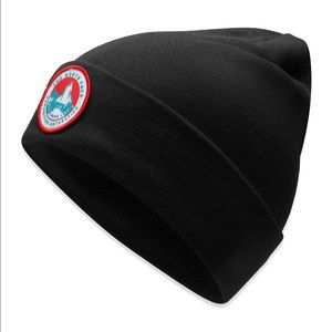 NWT The North Face Black Expedition Worker Beanie